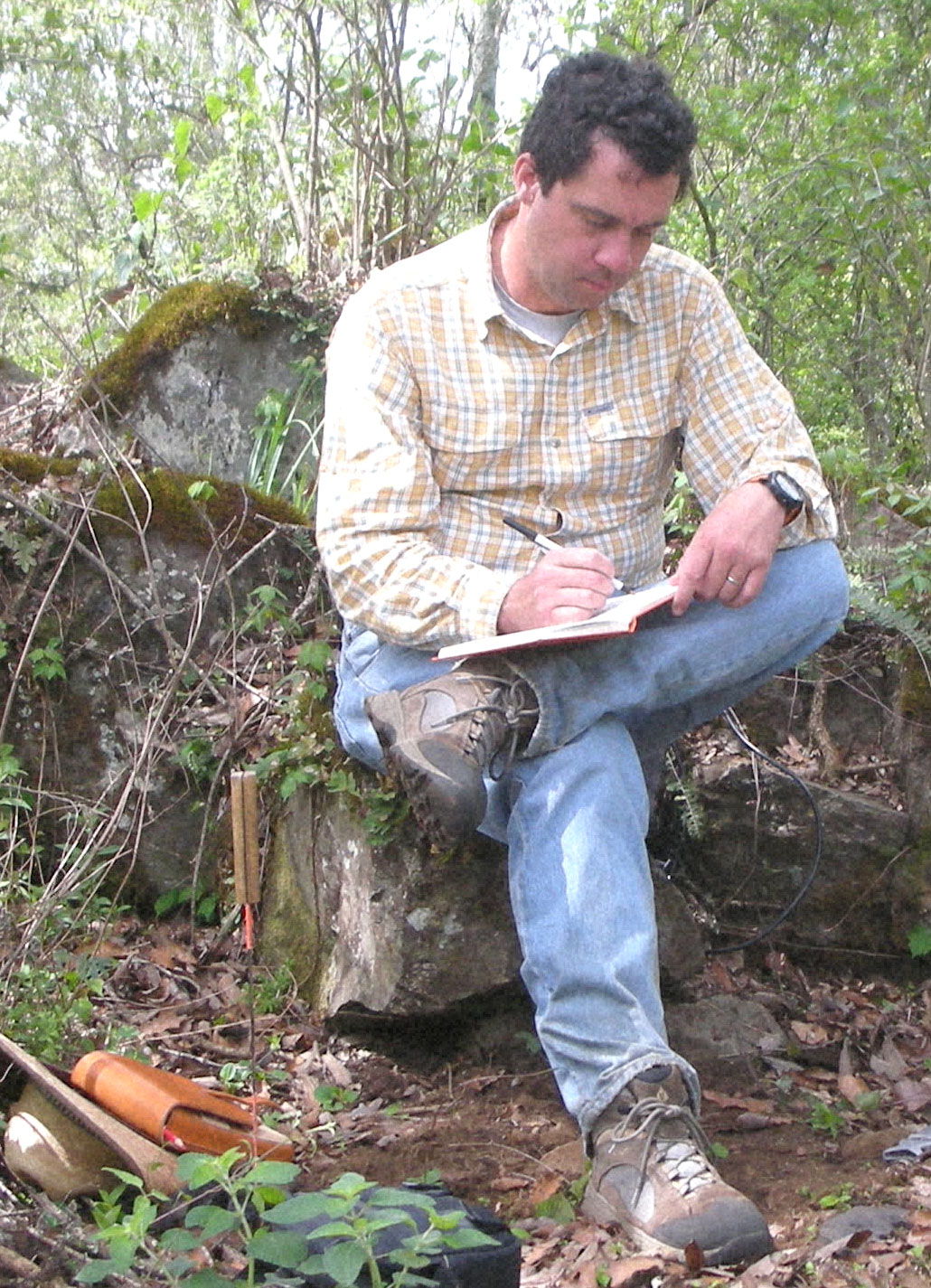 Chris Fisher surveying at Angamuco, Michoacán.